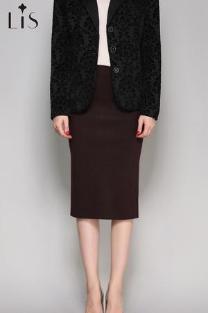 petrus wine red skirt
